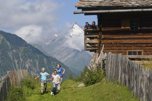 familienurlaub-nationalpark-hohe-tauern-c-ht-npr-k-dapraC72E3FD8-6B02-CCD8-53B2-BAE35B7FB7D5.jpg